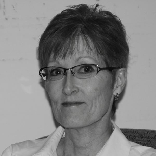 Ann Hanson Headshot