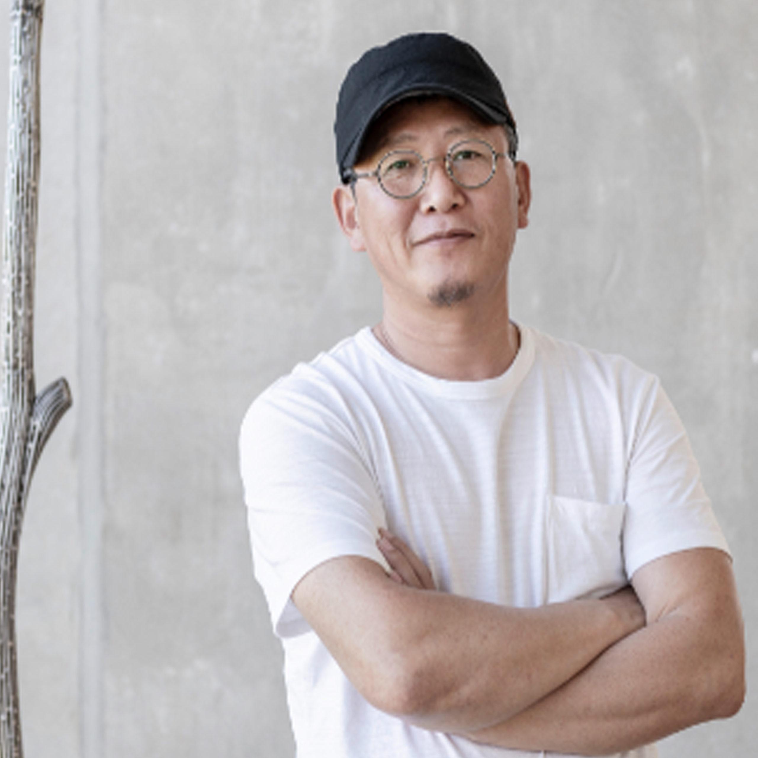 Byeongdoo Moon Artist
